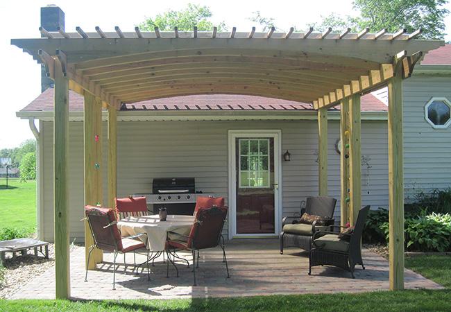 pergola roof provides shade